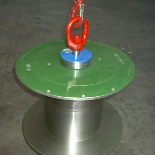 Automatic wire reel lifter