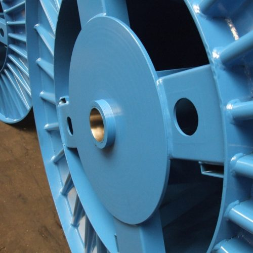 Corrugated reels with external plate detail