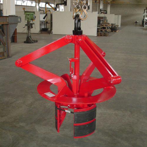 Coil lifting equipment